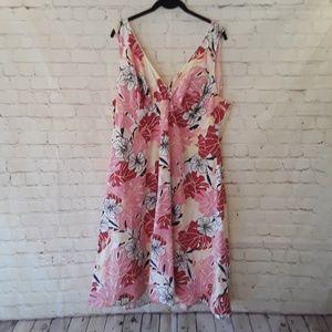Torrid sleeveless floral dress size 22 Made USA